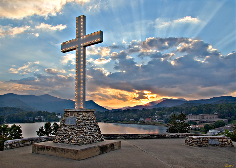 Lake Junaluska Cross at Sunset