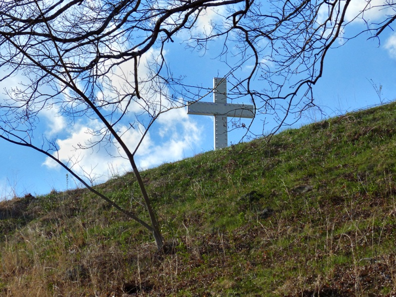 A different view of the Lake Junaluska Cross